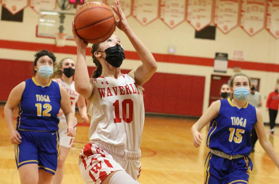 WAVERLY KNOCKS DOWN SCHOOL-RECORD 16 3-POINTERS IN 84-31 WIN OVER TIOGA