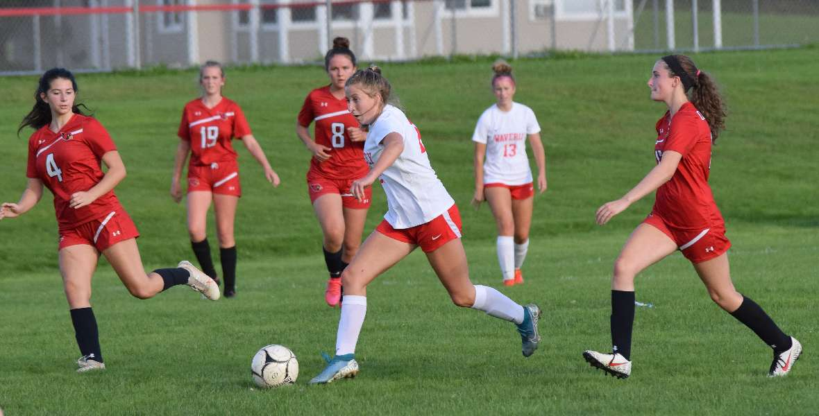 WAVERLY KNOCKS OFF NEWARK VALLEY, 3-1, IN KEY DIVISIONAL BATTLE