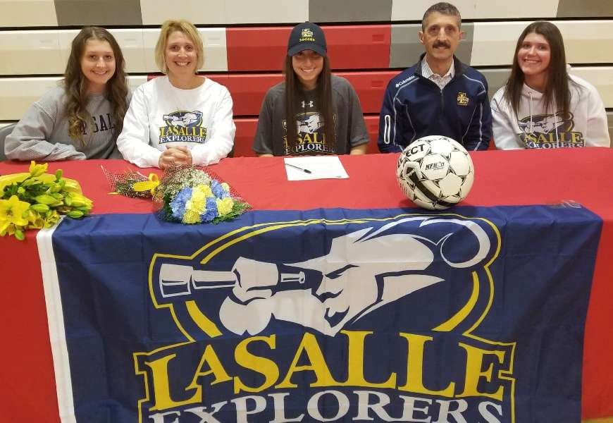 WAVERLY'S PICCO MAKES IT OFFICIAL — SIGNS LETTER-OF-INTENT TO PLAY AT DIVISION I LASALLE