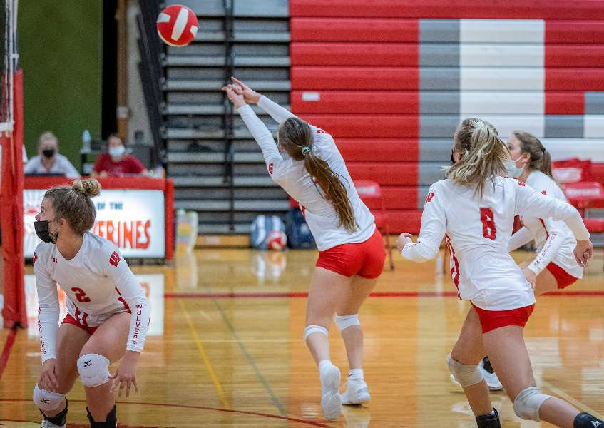 WAVERLY RALLIES FROM TWO SETS DOWN; EDGES S-VE, 3-2