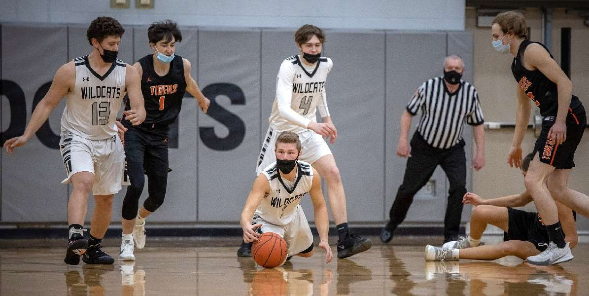 TUNKHANNOCK'S CHILSON POURS IN 50; WILDCATS FALL, 88-70