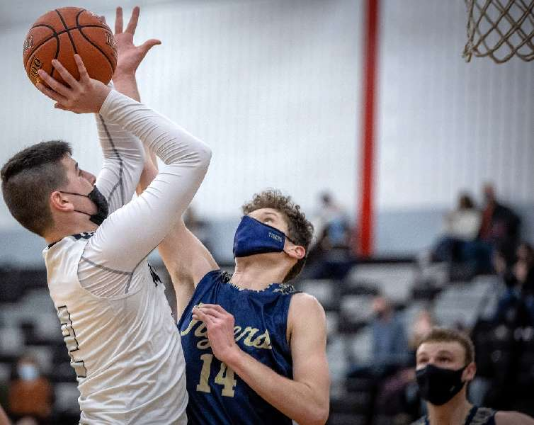 ATHENS RIDES SECOND-QUARTER BLITZ TO 78-61 WIN OVER NP-MANSFIELD
