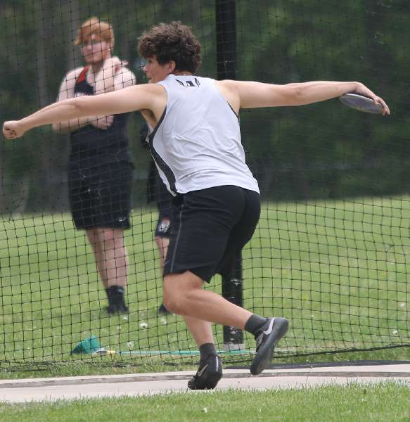 ATHENS' ELLIS PUNCHES TICKET TO STATES IN SECOND EVENT, NARROWLY MISSES THIRD