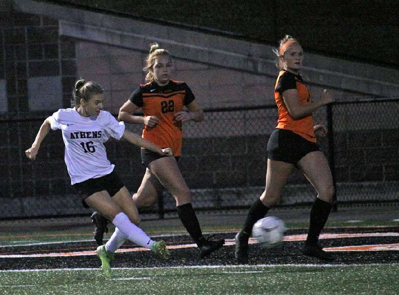 ATHENS BACK ON WINNING TRACK — EDGES TOWANDA, 2-1