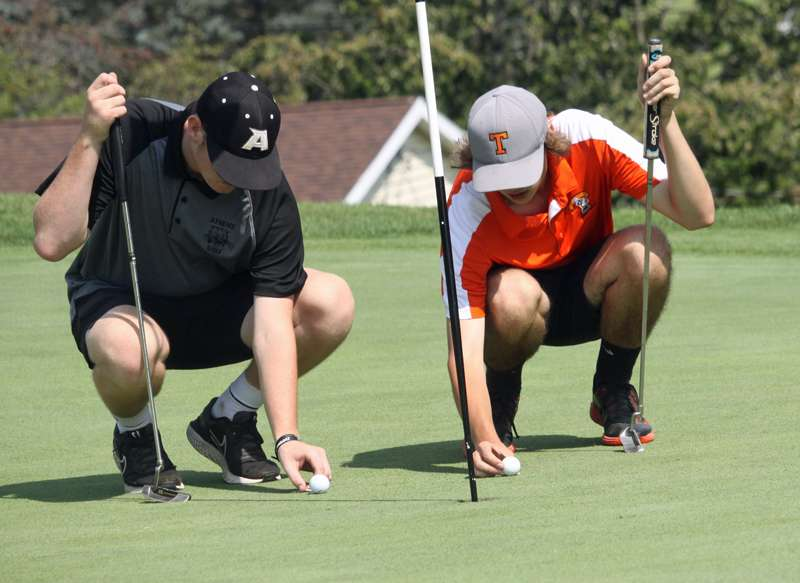 FRESHMAN SAXON LEADS WILDCATS TO THIRD-PLACE FINISH