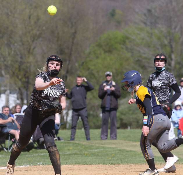 ATHENS DOWNS TIOGA, 10-5, TO GO 2-0 AT 'BATTLE AT THE BORDER'