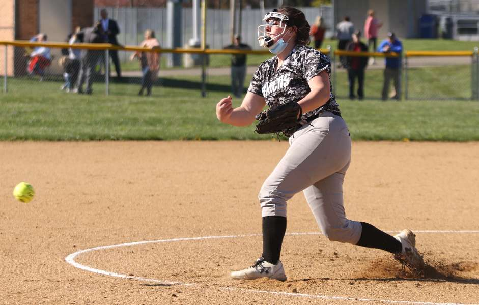 ATHENS RIDES BIG INNING TO 18-8 WIN OVER WILLIAMSON