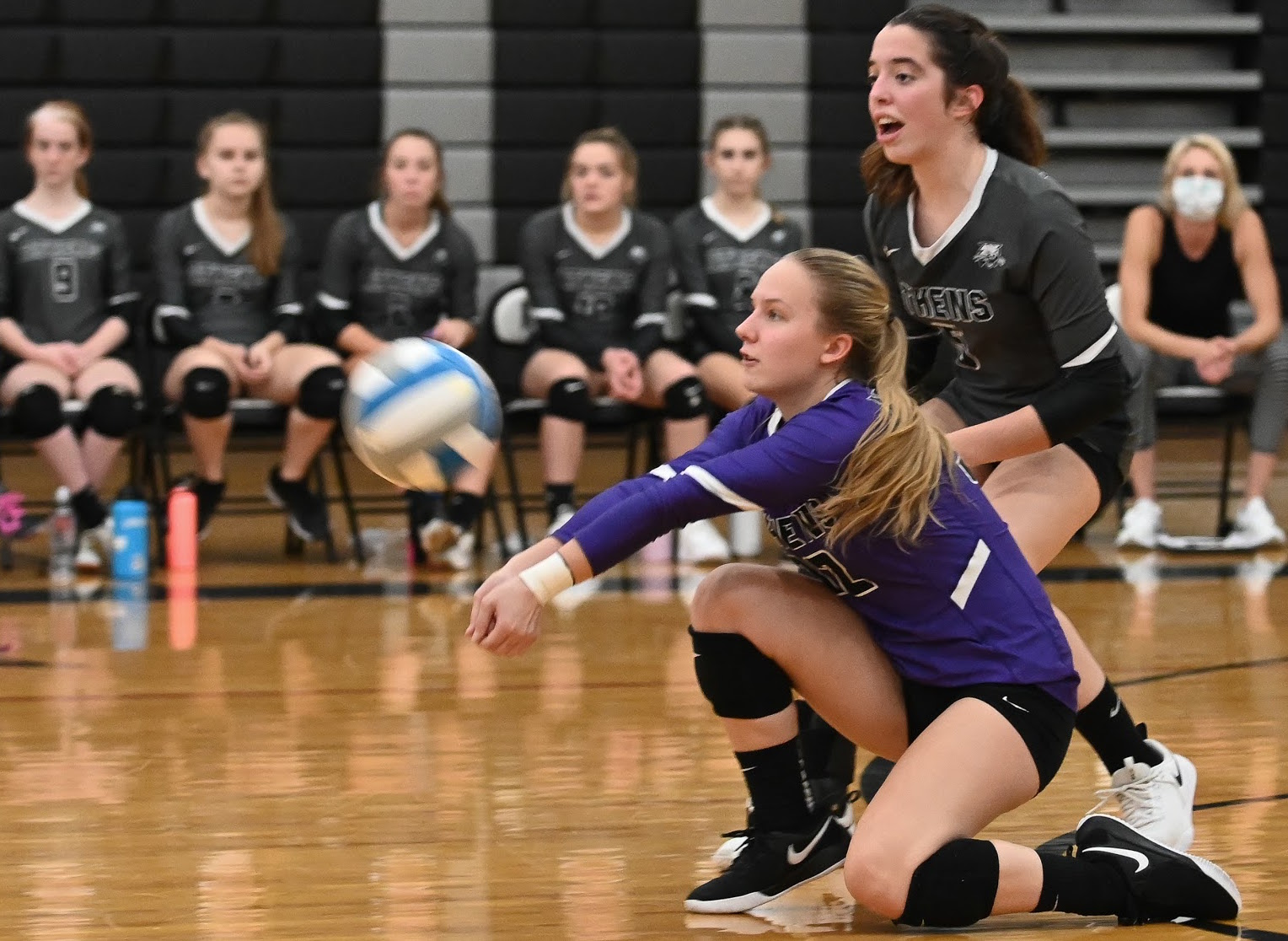 ATHENS FALLS IN FIVE SETS AT NEB