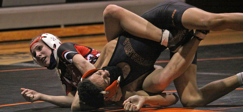 Warriors cruise past Towanda on the mats.