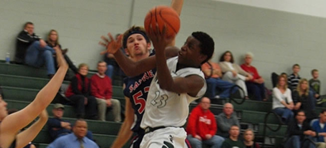 Boys bball rallies past Canton to remain undefeated
