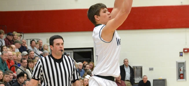 Hornets top Canton 61-44 in District play