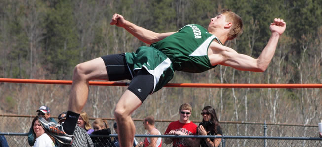 Boys track finishes second at Molly Dry Invite.