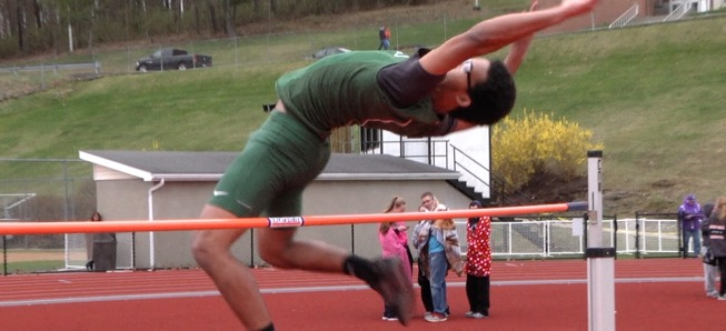 Wellsboro Track finishes 16, 18 at Molly Dry