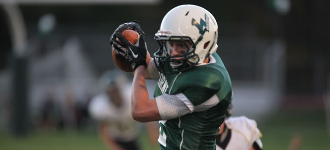 Pietropola, Owlett lead Hornets to Homecoming victory