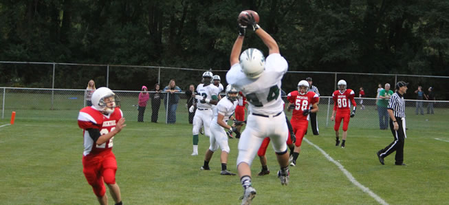 Hornet Football downs Bucktail, 71-6.