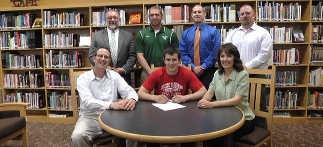 Marple to play football at Lock Haven.