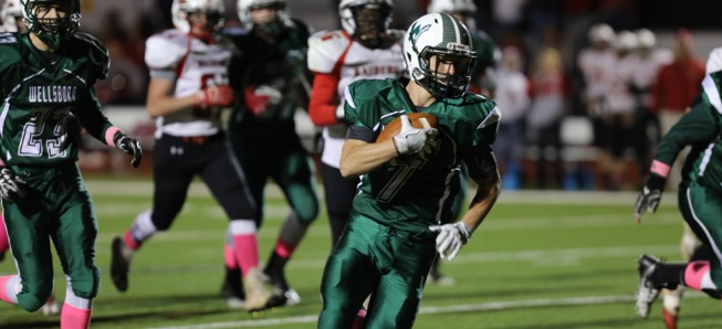 Hornets romp Red Raiders on Homecoming