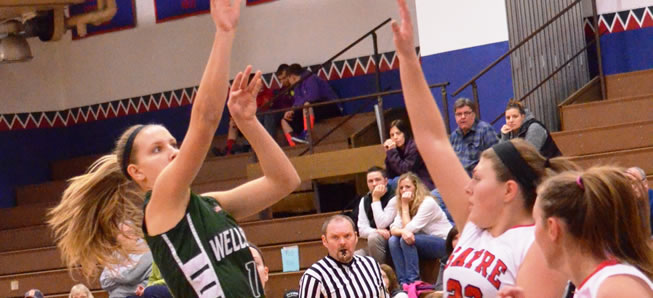 Lady Hornets fend off Sayre