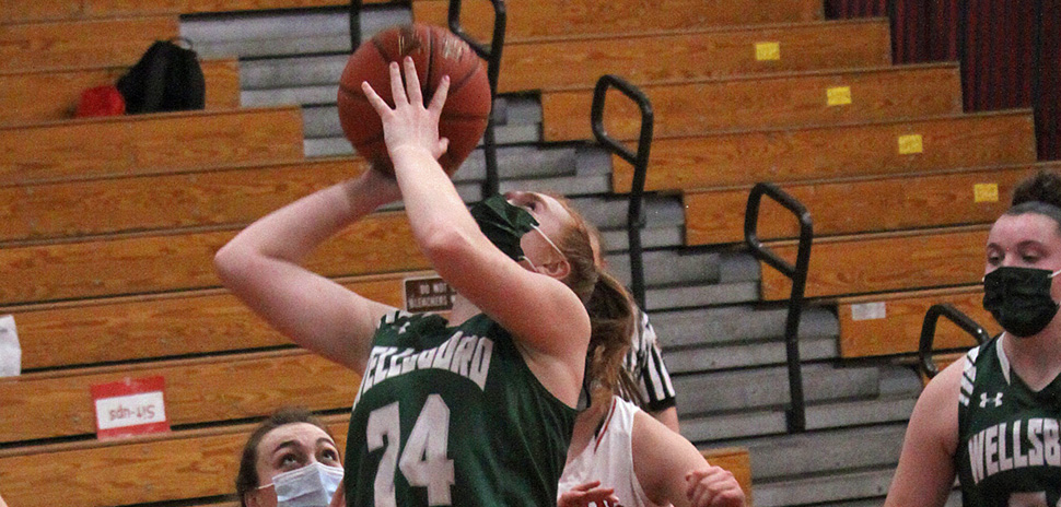 Lady Hornets survive late Troy rally.