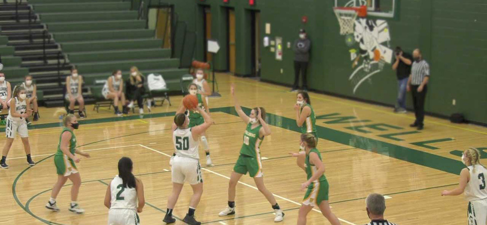 Lady Hornets fall to Wyalusing, 21-20.
