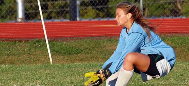 Girls soccer falls to NEB, 2-1
