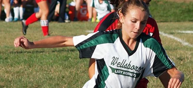 Girls soccer shuts out NEB, 1-0
