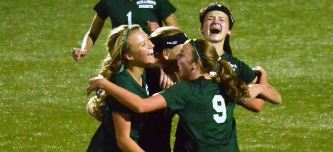 Lady Hornets top Benton, 1-0 for program's first playoff win