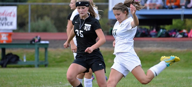Lady Hornets rally to beat Mansfield, 3-1