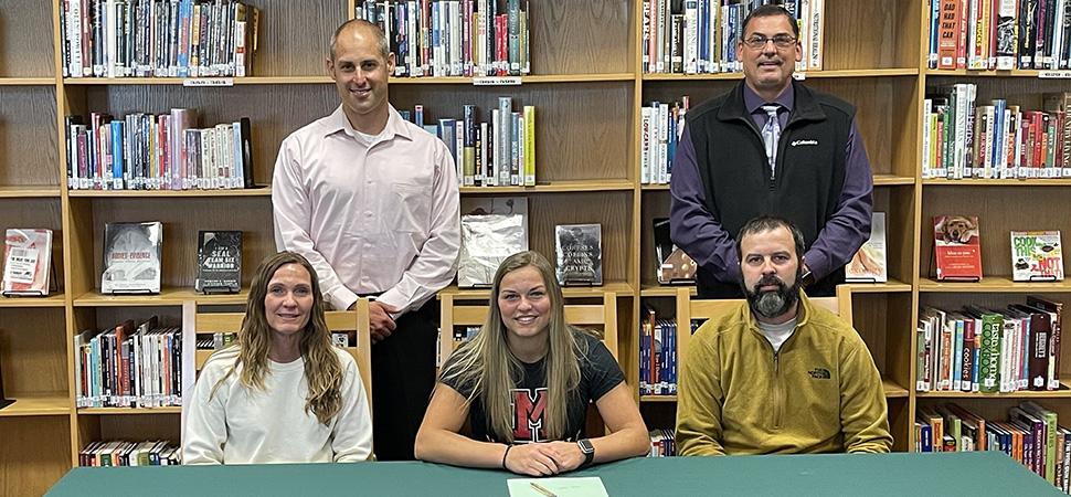 Clymer signs with Mansfield University.