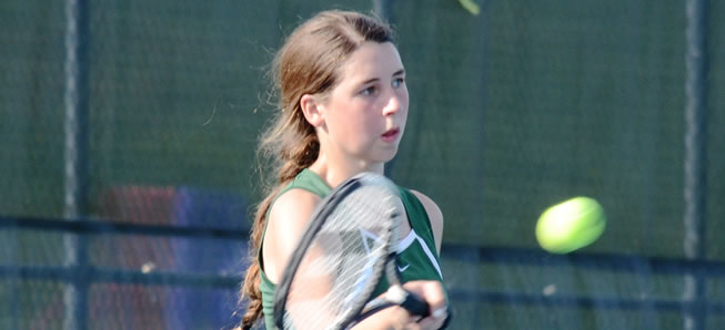 Girls Tennis beats Towanda, 4-3