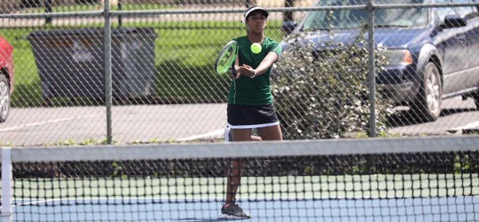 Lady Hornets sweep Liberty