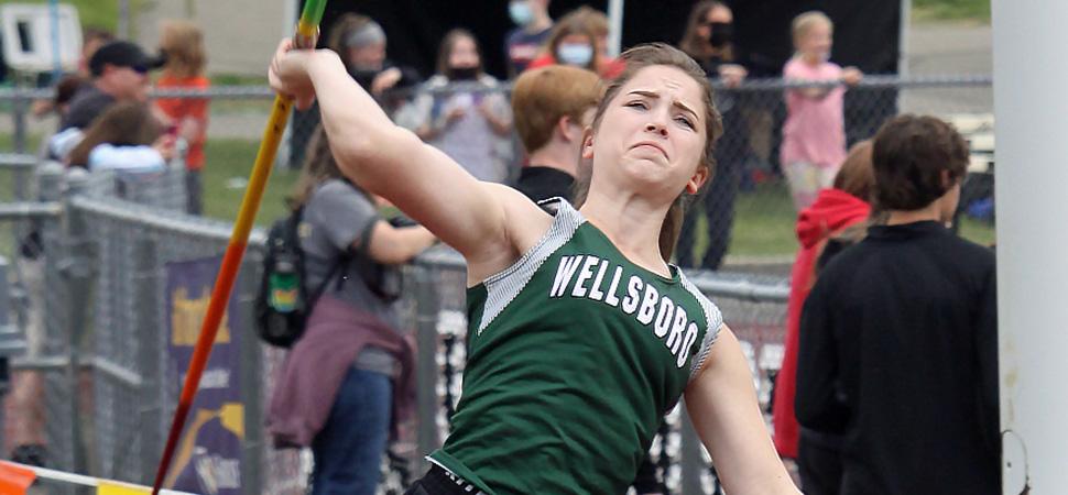 Lady Hornets claim four top-3 throwing finishes at NTL Coaches Invite