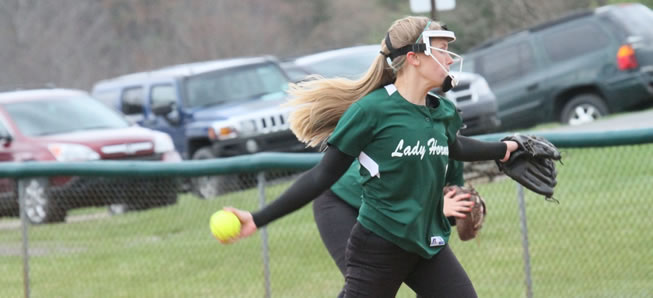 Hornet softball falls to Central Columbia, 5-2