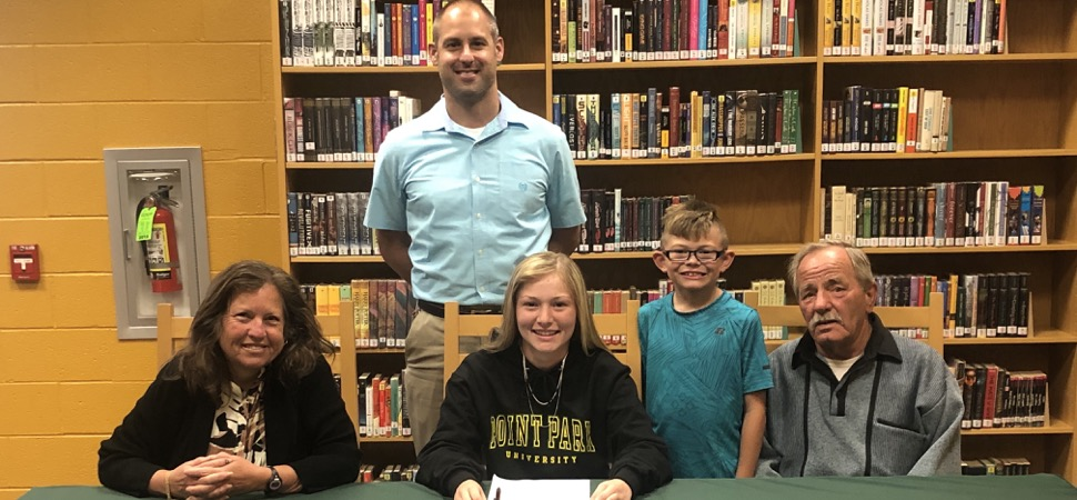 Lecker to play softball at Point Park University.