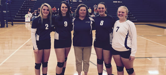 Volleyball falls to Troy on Senior Night